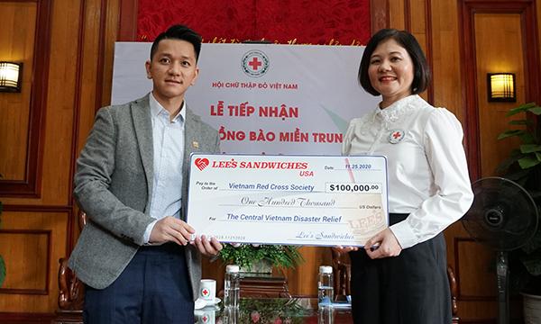 Công ty Lee's Sandwiches quyên góp 100.000 USD ủng hộ đồng bào miền Trung